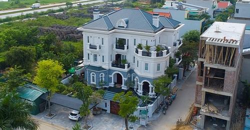 """Chiêm ngưỡng biệt phủ """"khổng lồ"""" của gia đình Giám đốc Sở Kế hoạch và Đầu tư tỉnh Thanh Hóa"""